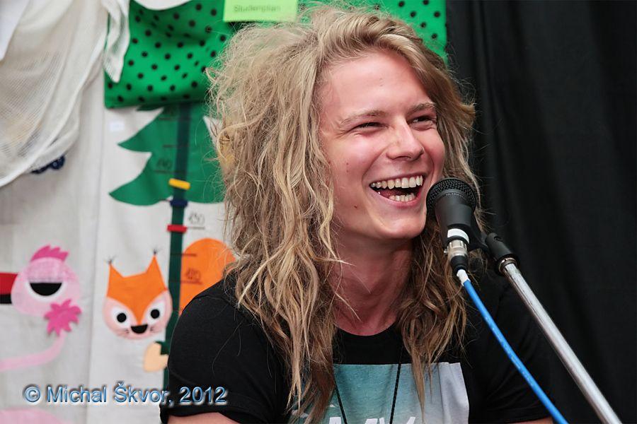 http://www.musicweb.cz/media/k2/galleries/1051/02_Miro_Smajda_Leto_plne_hvezd_31_07_2012.jpg