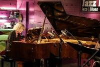 Rozhovor s Carlou Bley: Žít se svým baskytaristou je pohodlné a praktické