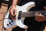 Metal v jazzovém kabátě: Umělec přepracoval obaly známých alb