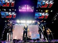 Oheň, krev a staré pecky. Kiss připomněli Brnu, jak se dělá rock and roll