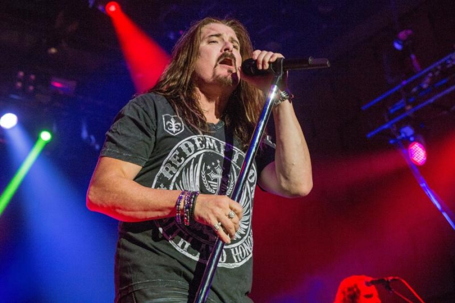 James LaBrie, Dream Theater v Praze