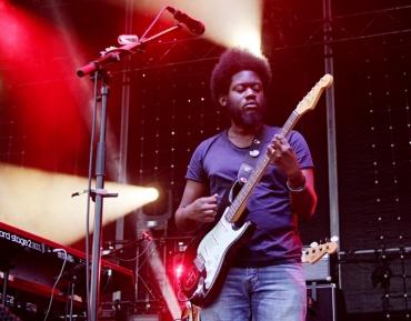 Michael Kiwanuka láká do Lucerna Music Baru
