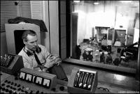 Odešla další legenda Beatles – producent George Martin