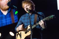 Ed Sheeran plánuje letní megakoncert v Praze
