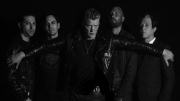 Queens of the Stone Age se vydají do Prahy