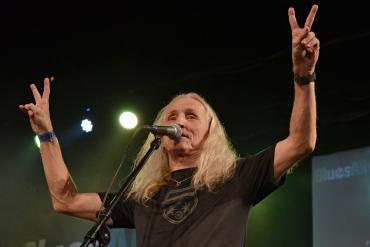 Zemřel bluesman a zpěvák kapely Bluesberry Petar Introvič