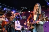 Foto: The Wood Brothers, Jazz Dock, Praha, 12. 5. 2014