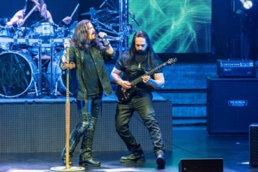 Dream Theater - James LaBrie a John Petrucci