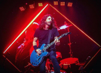 Dave Grohl s Foo Fighters.