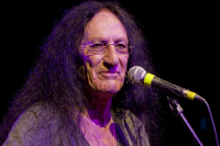 Ken Hensley v Retro Music Hall 2013